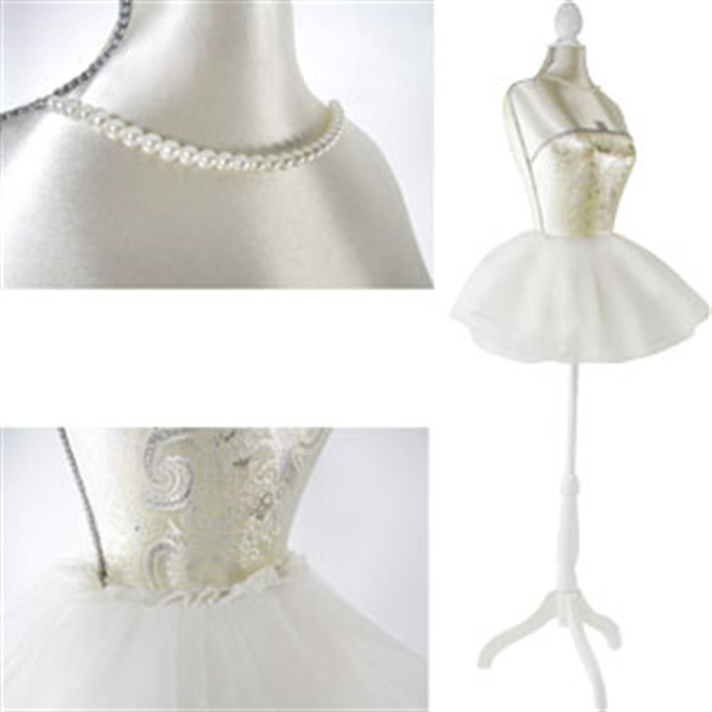Picture of Boutique Traditional Mannequin: Glamorous