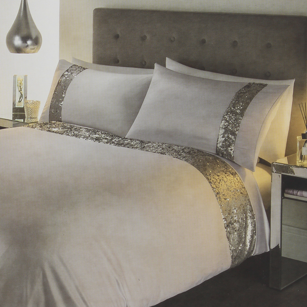 Picture of Luxury Matte Sequin Bedding Set: Silver
