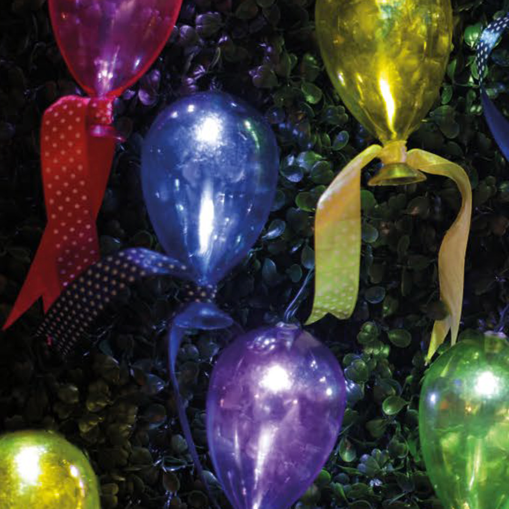 Picture of Firefly Solar Balloon String White LED Lights