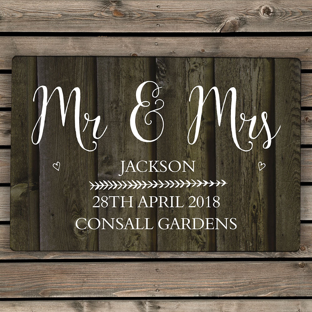 Picture of Personalised Wood Grain Metal Sign