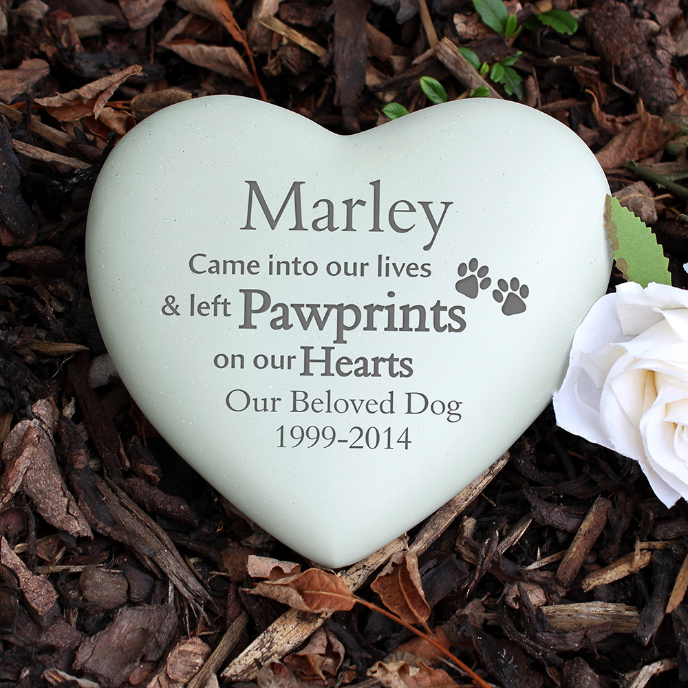 Picture of Personalised Pet Paw Prints Heart Memorial