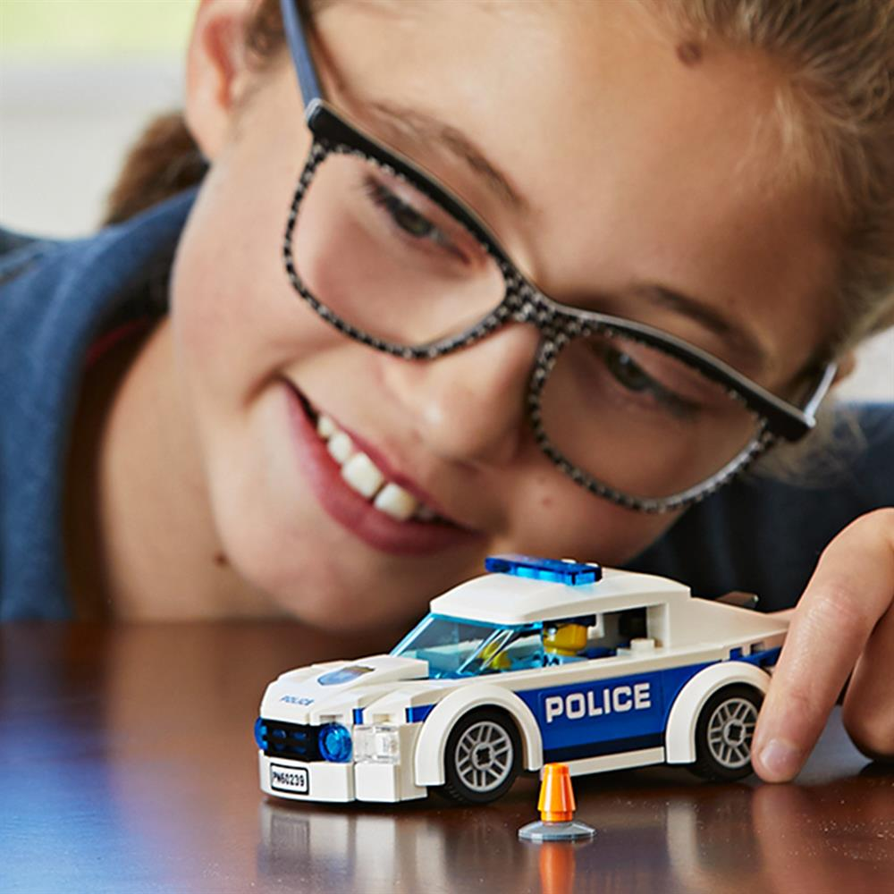 Picture of LEGO City Police Patrol Car 60239