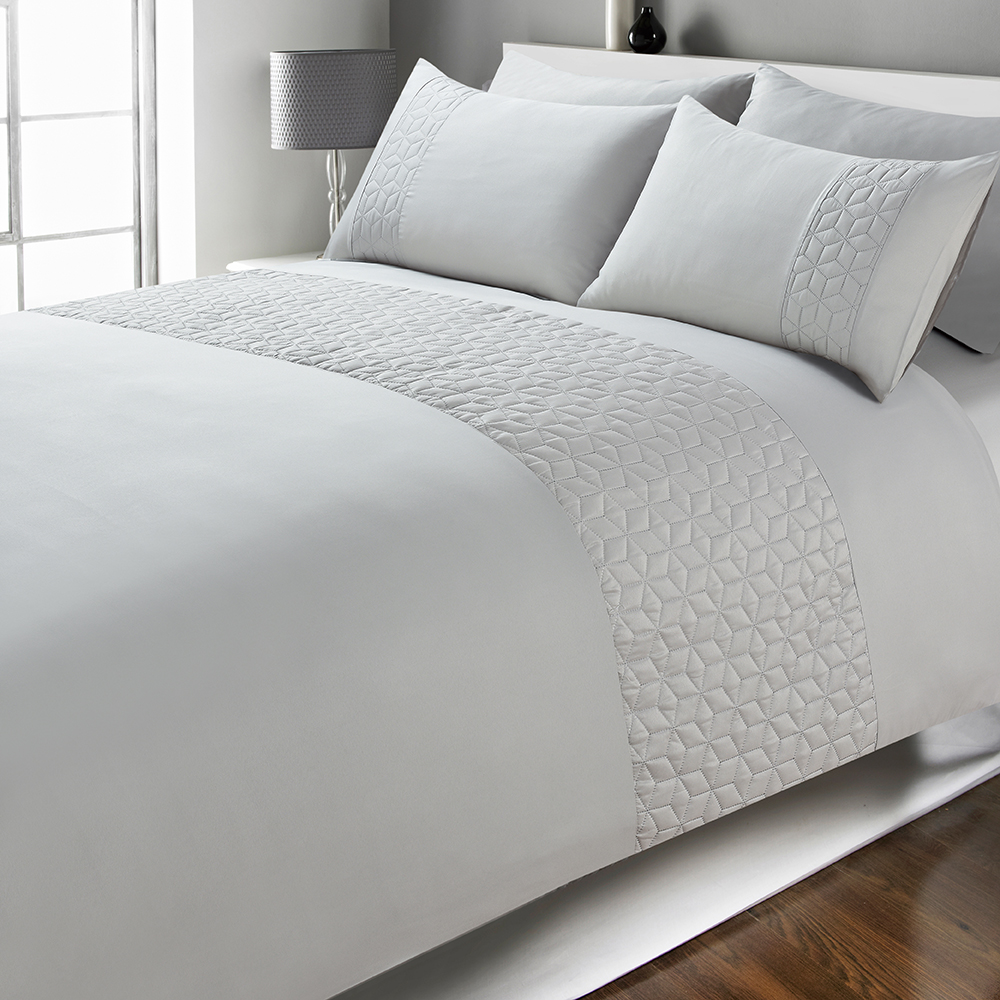 Picture of Home Collections: Pinsonic Duvet Set - Grey