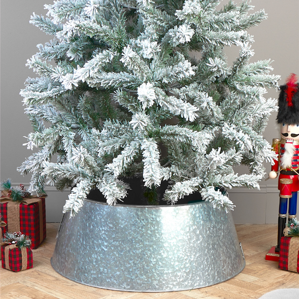 Picture of Christmas Tree Metal Skirt - Silver