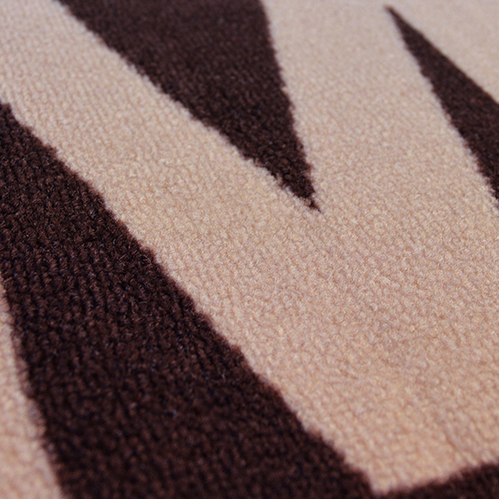 Picture of Printed Chocolate Runner & Mat Pack