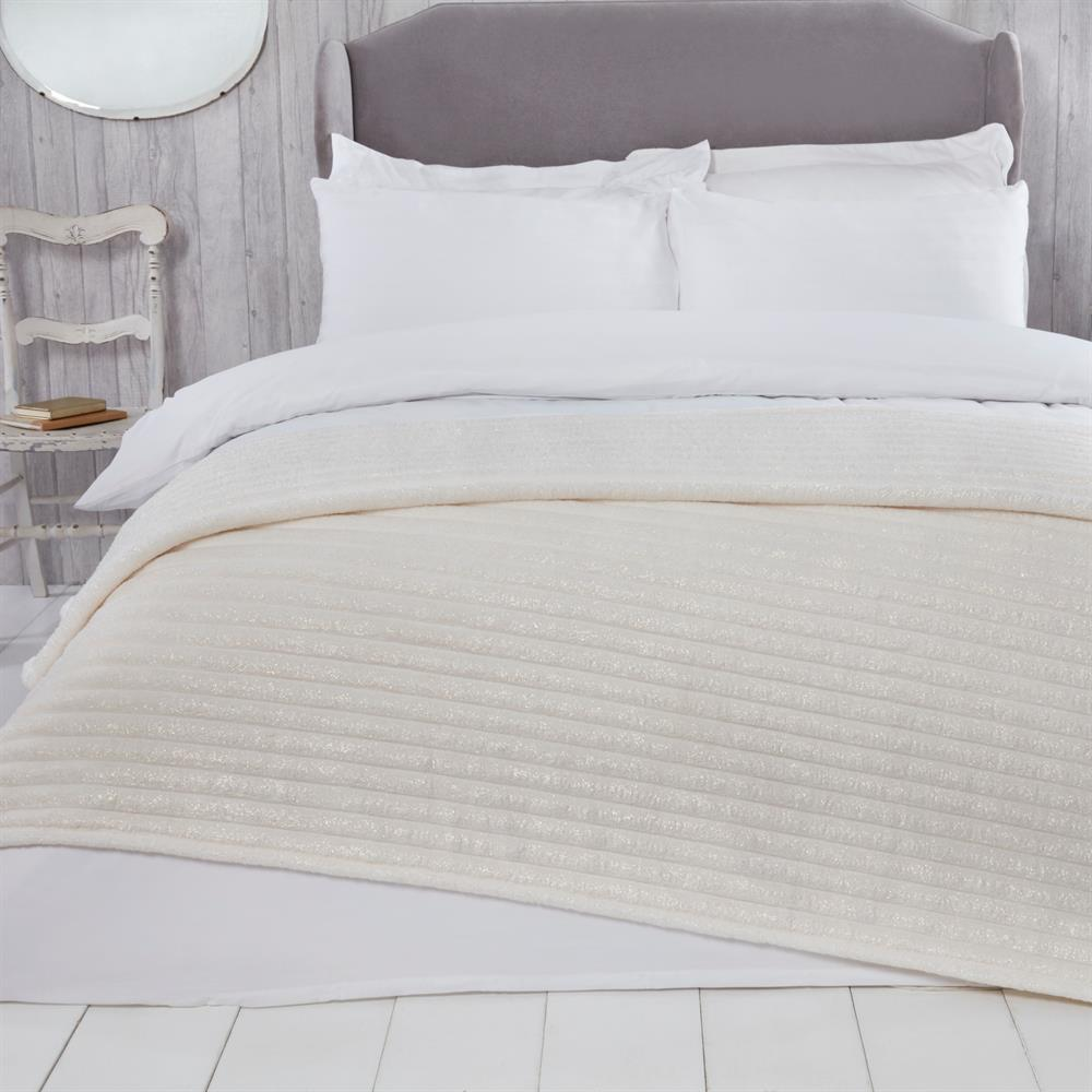 Picture of Sleepdown Ribbed Sparkle Glitter Fleece Throw: Natural
