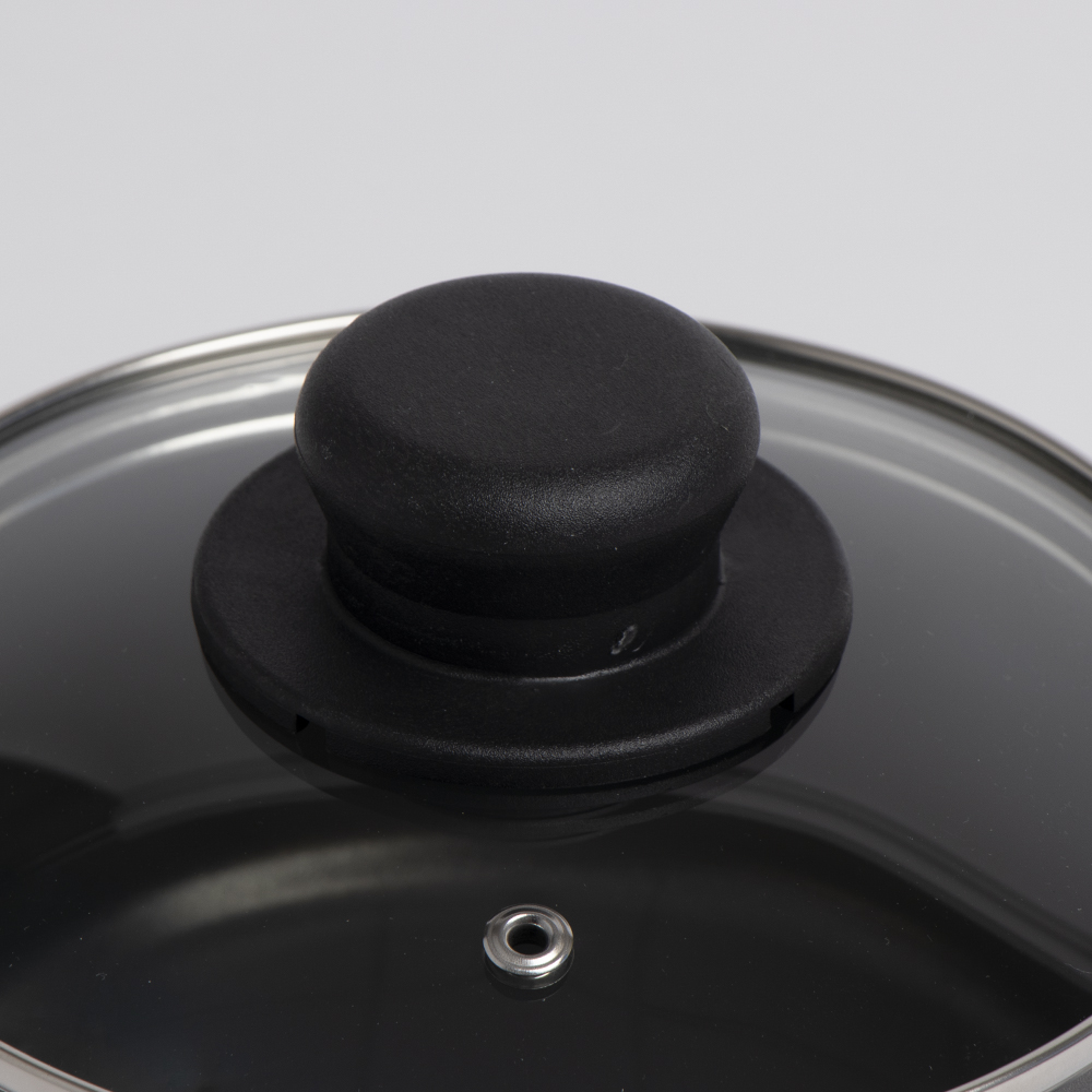 Picture of Open Kitchen: Non-Stick Saucepan With Lid - 18cm