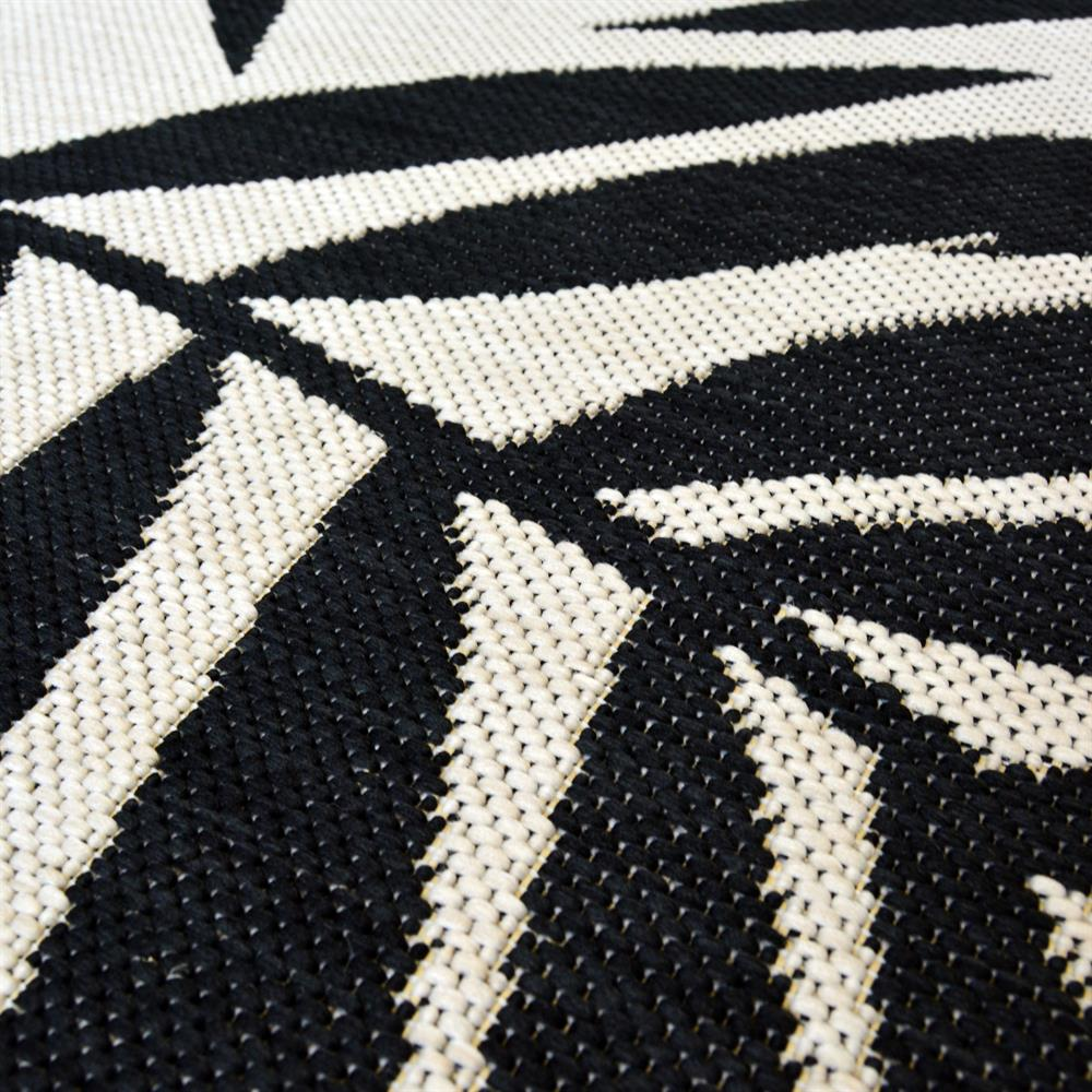 Picture of Mono Tropical Leaf Indoor/Outdoor Rug