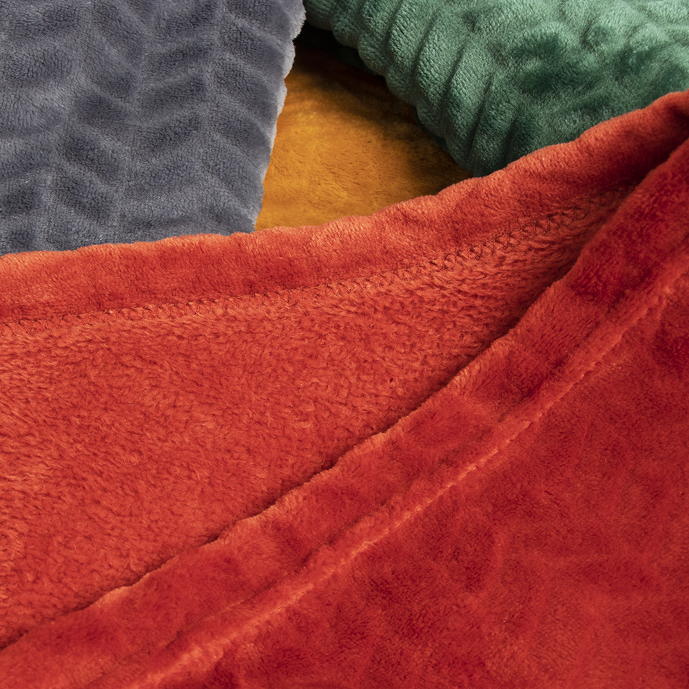 Picture of Home Collections: Embossed Flannel Throw 170X130 - Burgundy