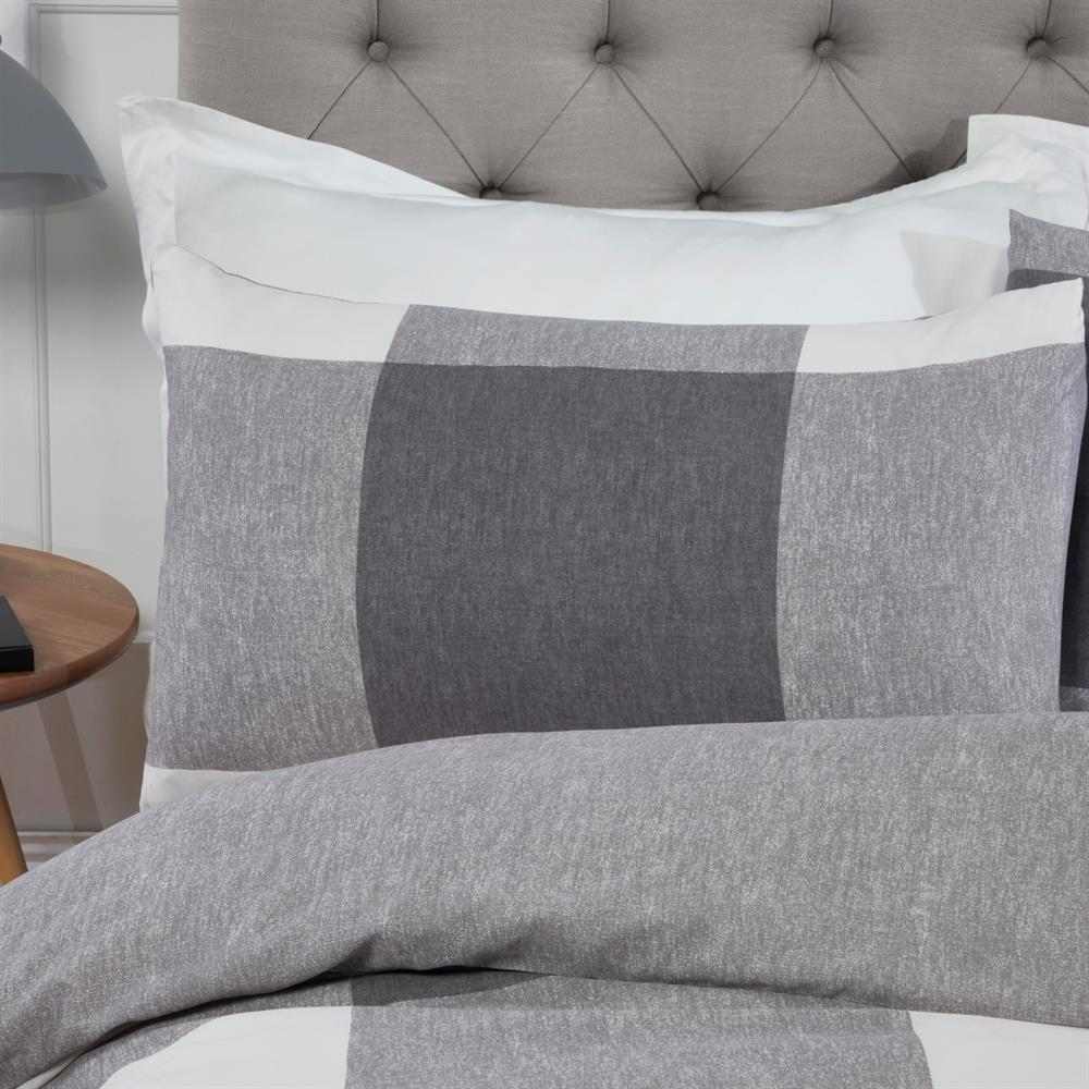 Picture of Sleepdown Chunky Gingham Check Duvet Set: Charcoal