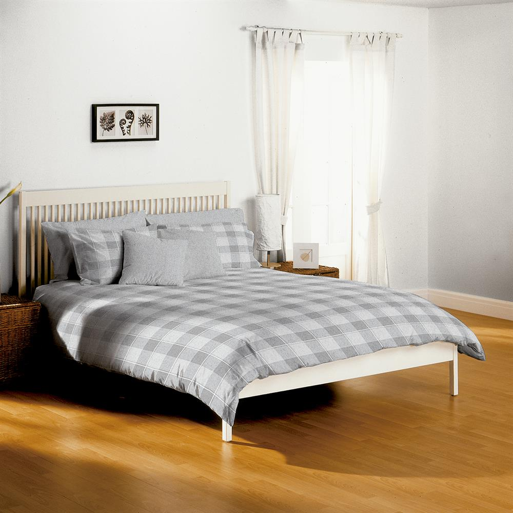 Picture of Home Collections: Check Non-Iron Duvet Set - Grey
