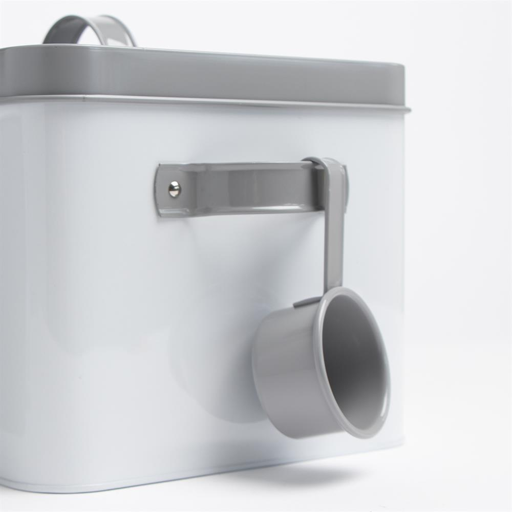 Picture of Cat Food Storage Tin with Scoop