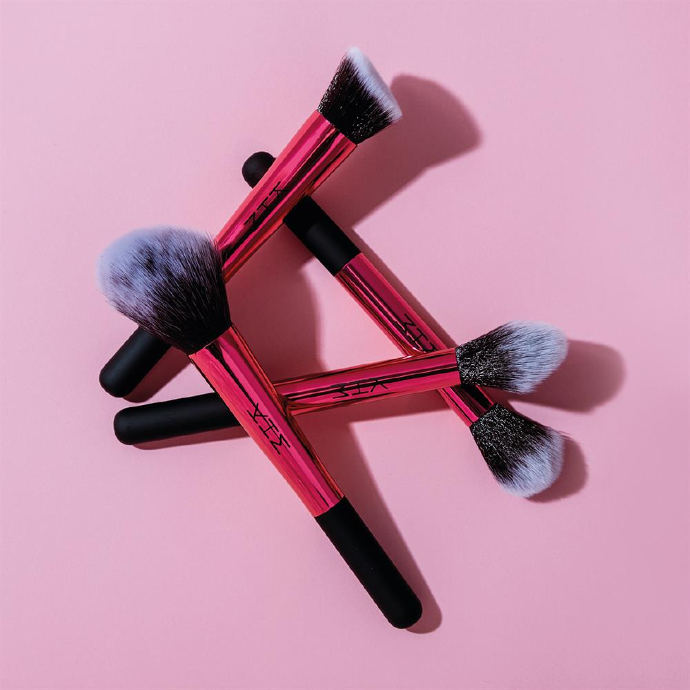 Picture of KHM Kate Hayes 4 Piece Cosmetic Face Brush Set with 2-in-1 Case & Stand