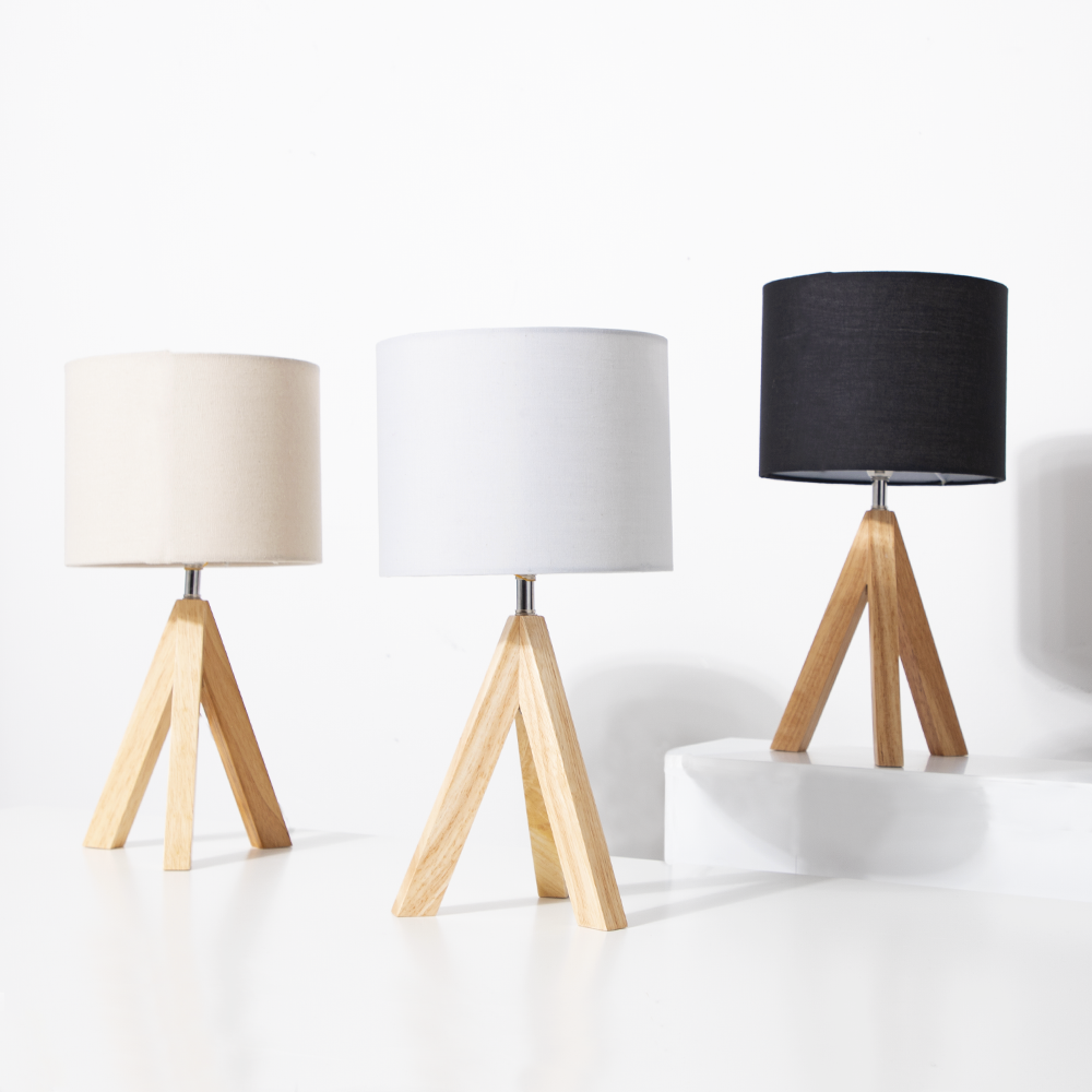 Picture of Home Collections: Wood Tripod Table Lamp - Black