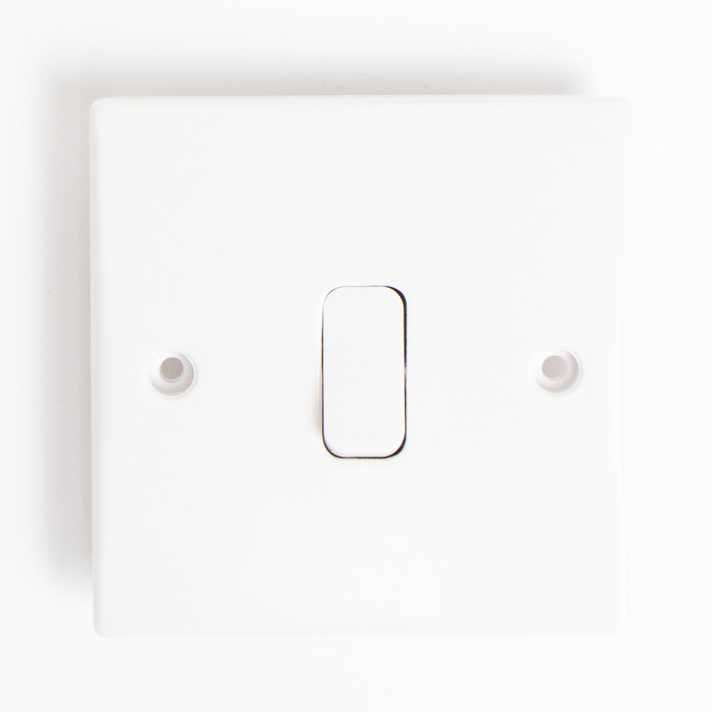 Picture of Status: 2 Way 1 Gang Light Switch (Case of 6)